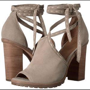 FRYE Susie Pickstitch Lug Heeled Sandal